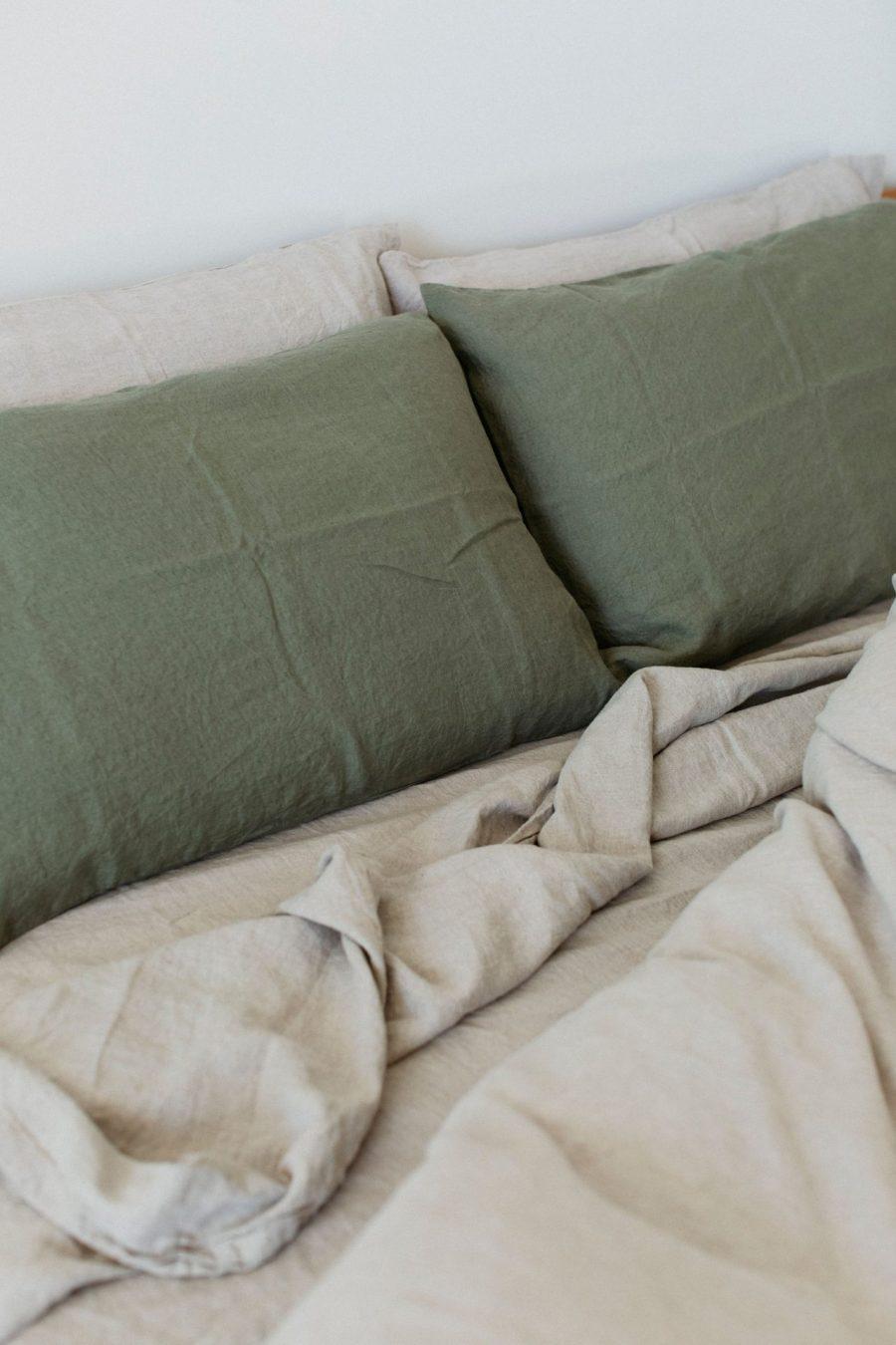 Moss living linen fitted sheet natural