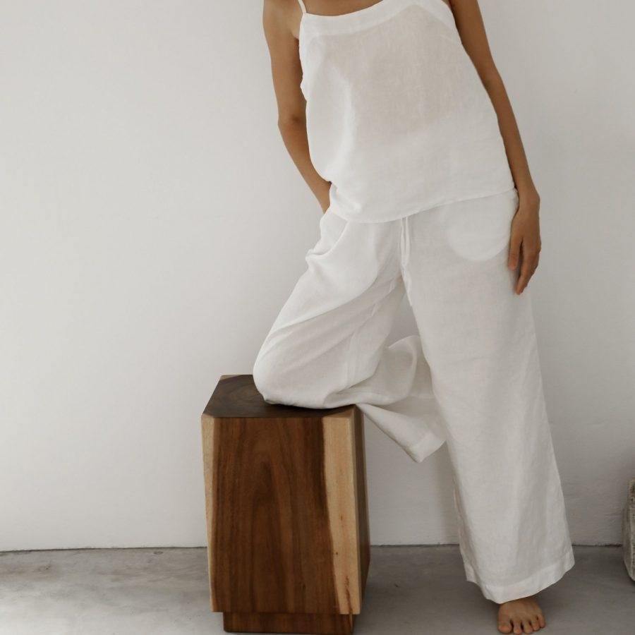 Moss Living flax linen pants In sundai white