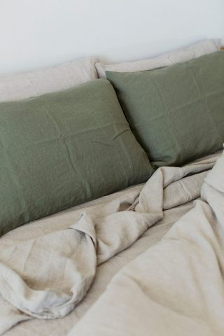 Moss living linen pillowcase set in moss