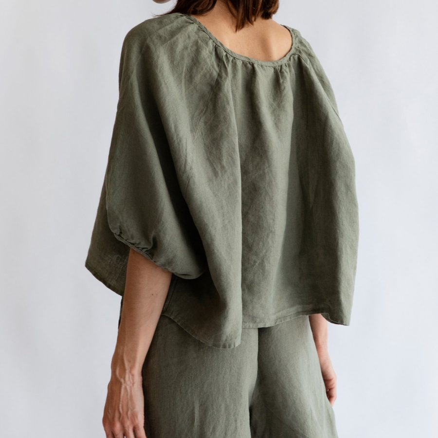 Moss living linen button up blouse Back view