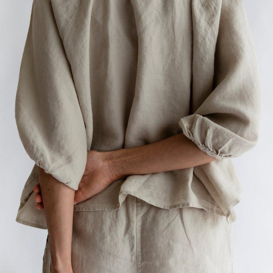 Moss living linen button up blouse Eggshell detail