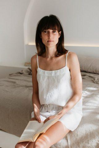 Moss living linen cami in sundae white